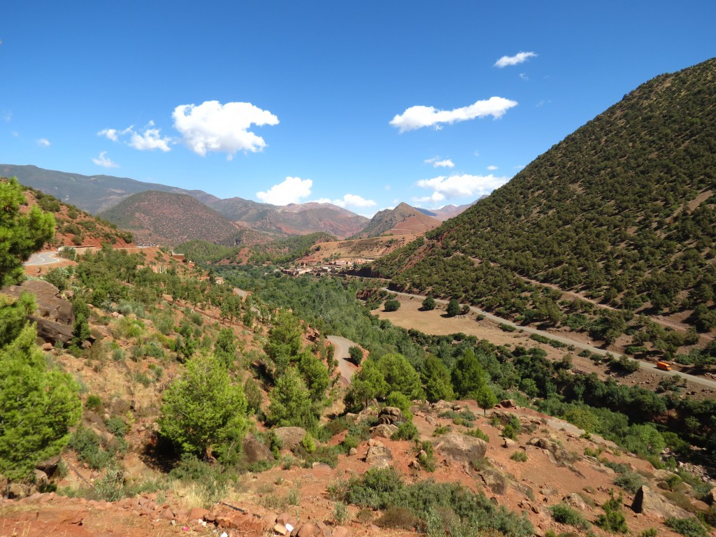 Sehr schöner Ausblick aus dem Autofenster... Überquerung des Atlas Gebirges.