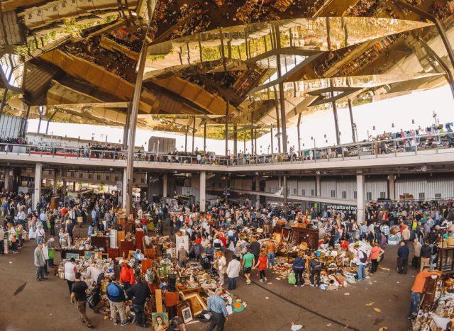 Barcelona Sehenswuerdigkeiten Flohmarkt Encants Vells