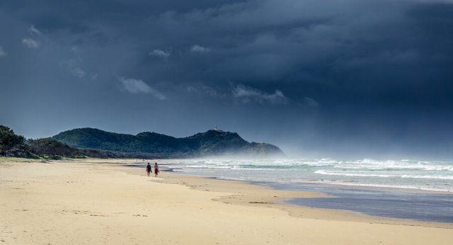Australien Ostkueste Byron Bay Strand