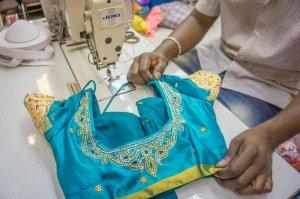 Singapur Sehenswuerdigkeiten Little India Tekka Center Sari