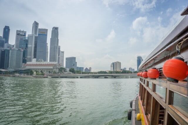 Singapur Sehenswuerdigkeiten Marina Bay Bootstour