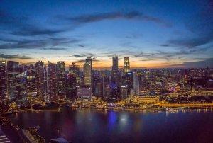 Singapur Sehenswuerdigkeiten Skybar Ce La Vi Marina Bay Sands