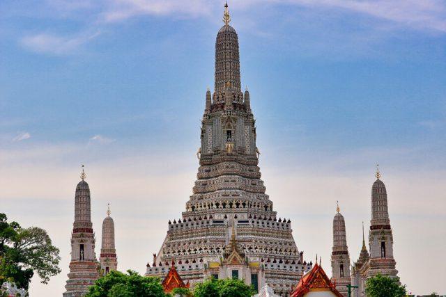 Wat Arun Tempel der Morgenroete