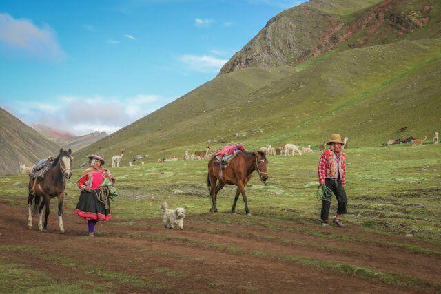 Cusco_Rainbow Mountain Anden Menschen