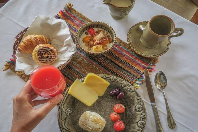 Lares Trek Machu Picchu Peru Inkaterra Hacienda Urubamba Frühstück