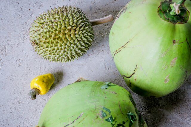 Phang Nga Thailand Kokosnuss Durian Früchte Talaenok Dorf