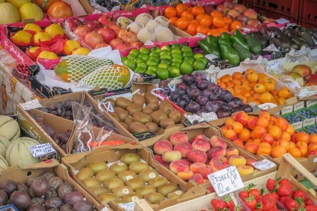 Sehenswürdigkeiten Wien Karmelitermarkt Obst