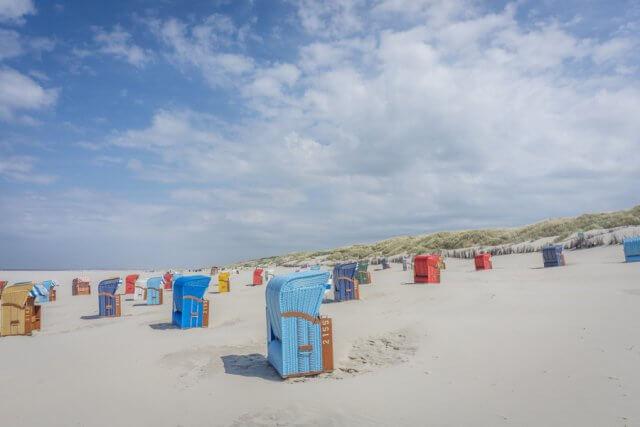 Insel Juist Nordsee Urlaub Strand Strandkoerbe