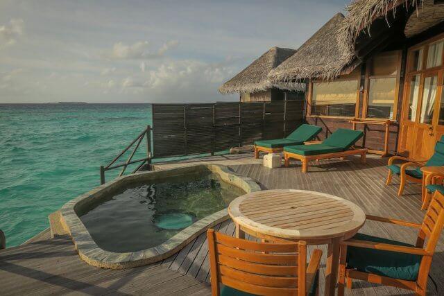 Malediven Reise Coco Palm Dhuni Sunset Villa