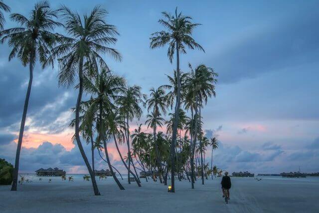 Malediven Urlaub Gili Lankanfushi Sonnenuntergang