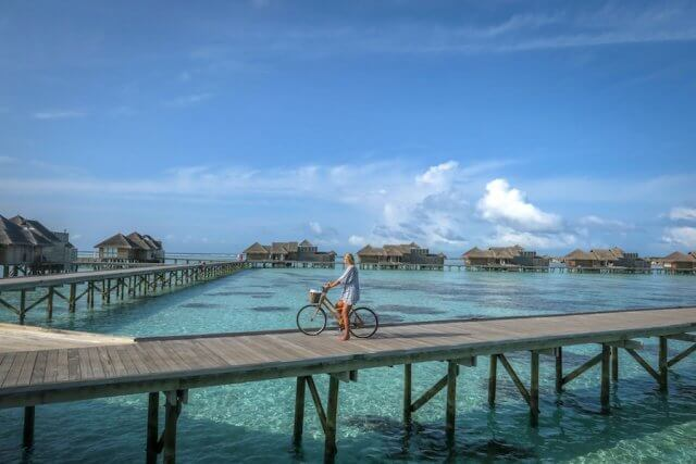 Malediven Urlaub Gili Lankanfushi Fahrrad fahren