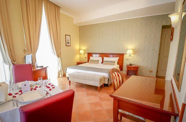 Neapel Hotel