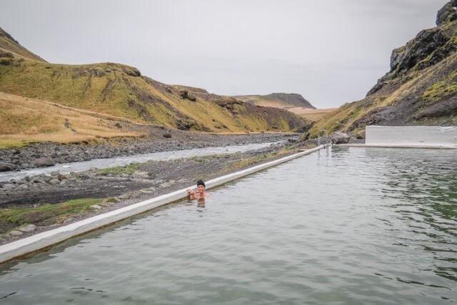 Island Urlaub Tipps Seljavallalaug Vulkanwasser Hot Pot
