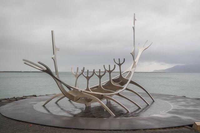 Island Urlaub Tipps Reykjavik Wikingerschiff