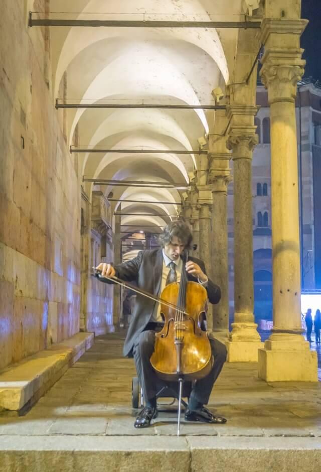 Norditalien Cremona Kulinarisch Geigen Violine