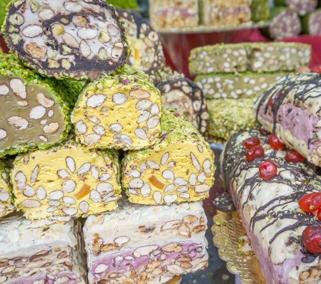 Norditalien Cremona Kulinarisch Nougat Torrone