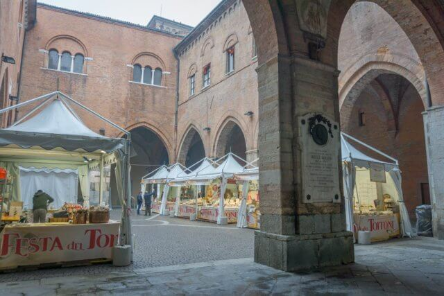 Norditalien Cremona Kulinarisch Nougat Torrone Festival