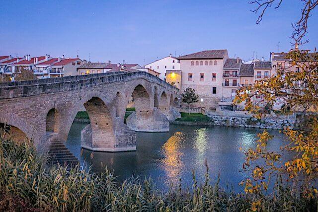 Navarra Spanien Puente de la Reina Pilgerweg Jakobsweg