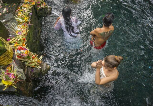 Oneworld Ayurveda Bali Panchakarma Ubud Pura Tirta Empul