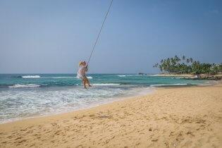 Sri Lanka Urlaub Straende Schaukel Unawatuna