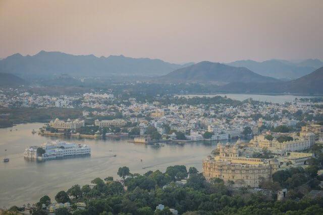Indien Reisen Udaipur Seilbahn Sonnenuntergang
