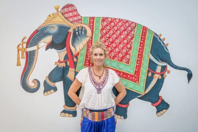 Indien Reisen Udaipur Little Garden Guesthouse Malerei