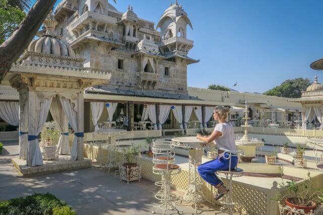 Indien Reisen Udaipur Palast Bootsfahrt Insel