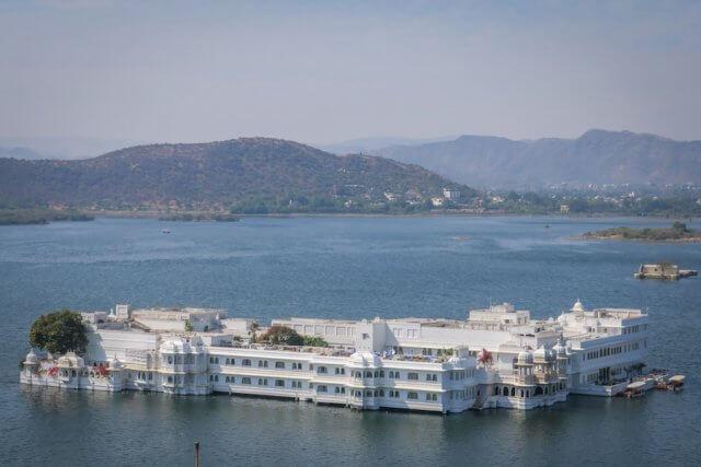 Indien Reisen Udaipur Königspalast Aussicht Lake Pichola