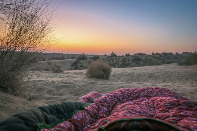 Rajasthan Rundreise Jaisalmer Kamelsafari Camp Sonnenaufgang