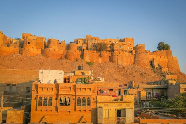 Rajasthan Rundreise Jaisalmer Hotel Shahi Palace Dachterrasse Sonnenuntergang