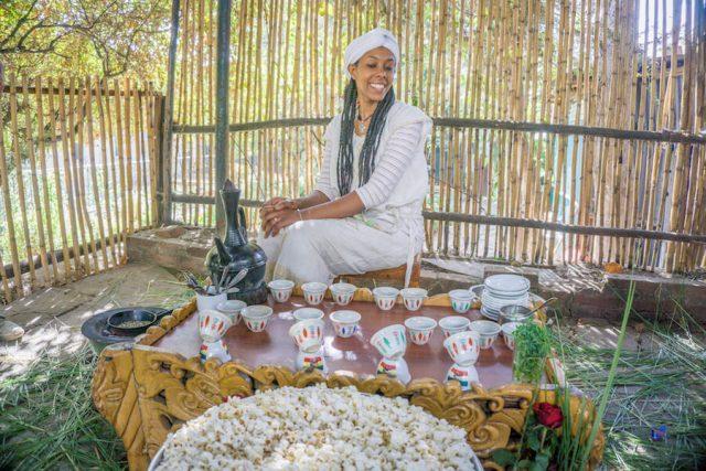Aethiopien Reisen Kaffeezeremonie Taitu Hotel Addis Abeba