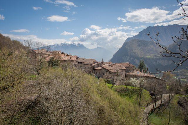 Sehenswuerdigkeiten Gardasee_Trentino_Riva del Garda Canale die Tenno