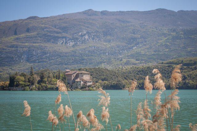 Sehenswuerdigkeiten Gardasee_Trentino_Riva del Garda Lago di Toblino