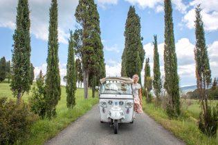 Toskana Italien Pomarance Tuktuk