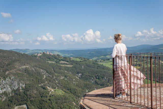 Toskana Italien Pomarance Rocca Sillana Ausblick