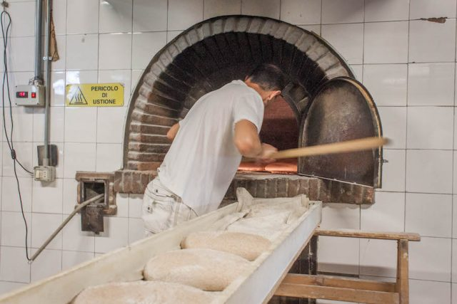 Toskana Italien Pomarance Montegemoli Bäckerei