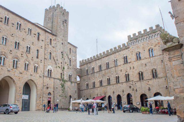 Toskana Italien Pomarance Volterra Hauptplatz