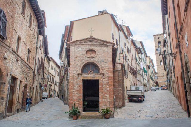 Toskana Italien Pomarance Volterra Straßen