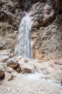 Wellnesshotel Suedtirol_Dolomiten Wandern_Urlaub Suedtirol Cyprianerhof Wanderung Tschamintal Cyprianerhof Wasserfall