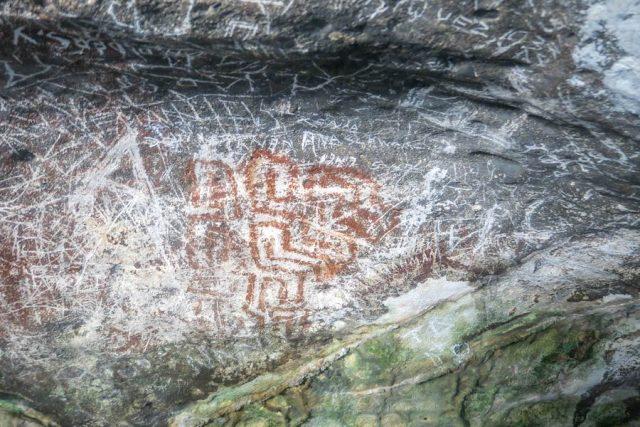 Aruba Urlaub ABC Inseln Fontaine Cave Malereien