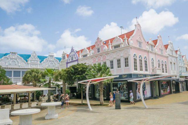 Aruba Urlaub ABC Inseln Oranjestad Häuser