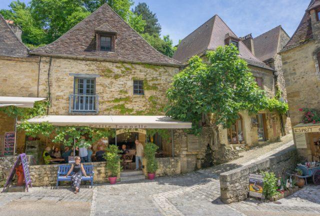 Camping Frankreich Campingplaetze Dordogne Perigord Beynac