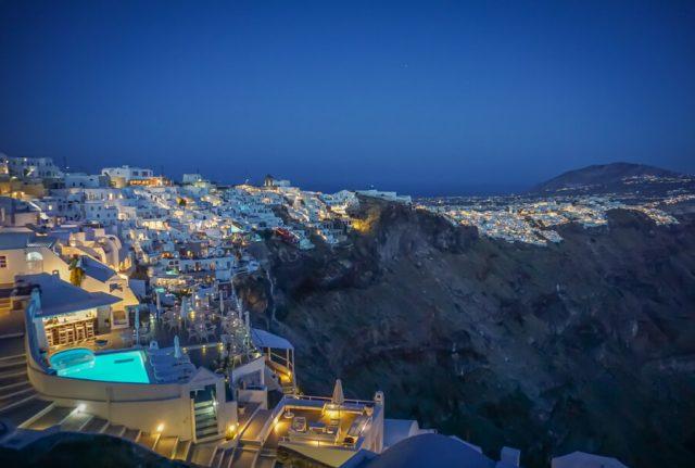Geheimtipps Santorini Urlaub Kykladeninsel Abend
