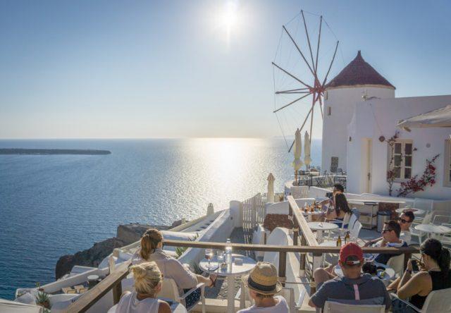 Geheimtipps Santorini Urlaub Kykladeninsel Oia Windmuehle