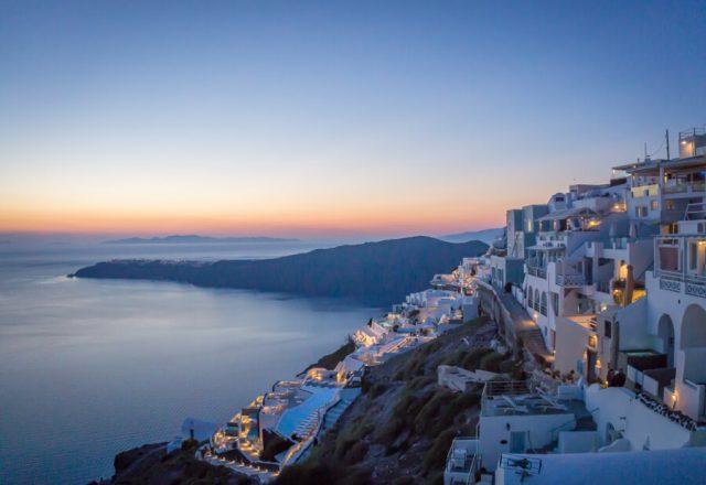 Geheimtipps Santorini Urlaub Kykladeninsel blaue Stunde