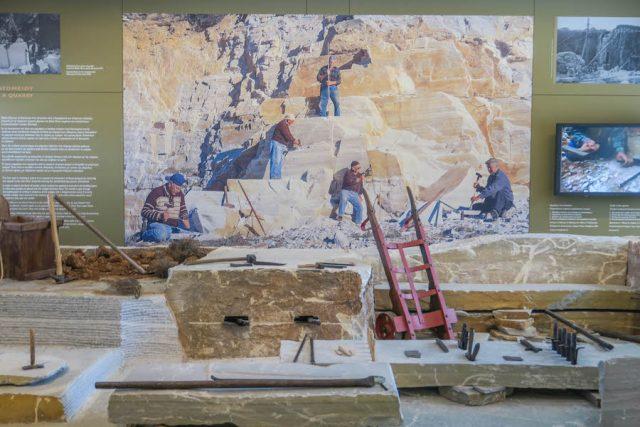 Kykladeninseln Tinos Pygros Museum Marmor