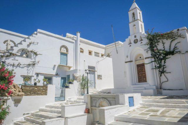 Kykladeninseln Tinos Pyrgos Innenstadt Marmor