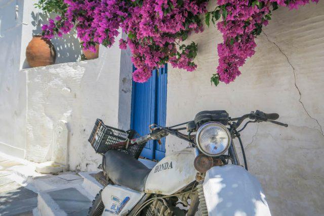 Kykladeninseln Tinos Pyrgos Honda