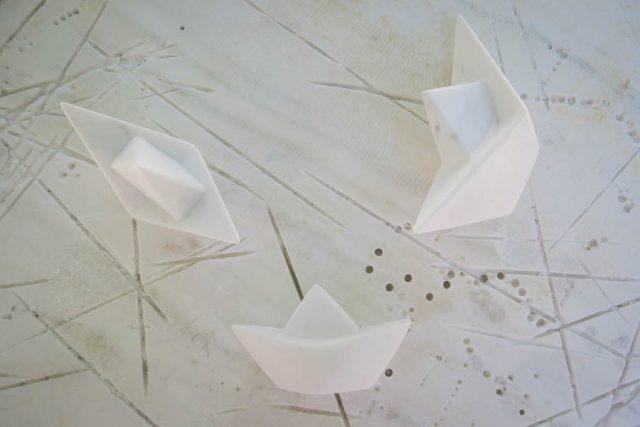 Kykladeninseln Tinos Marmor Pyrgos Peter Marmarinos Paperboats