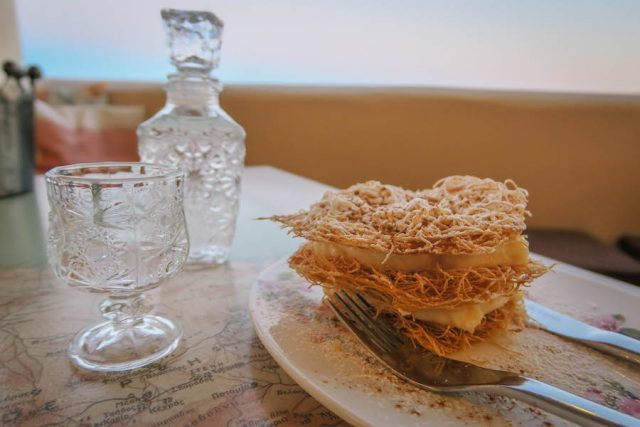 Kykladeninseln Tinos Santo alati Restaurant Dessert